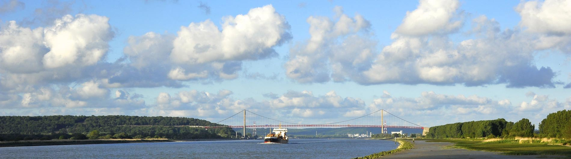 photo - pont de Tancarville (JP Lemoine, GIP Seine-Aval)
